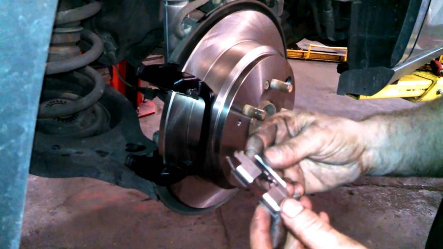 Common Car Problems that you can be fixed in a day
