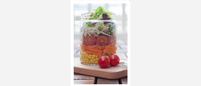 Easy green salads recipes with pictures - Corn,Carrot,Tomato & Lettuce Salad in a Jar