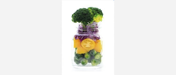 Easy green salads recipes with pictures - Tomato, Brussels sprouts & Broccoli Jar Salad